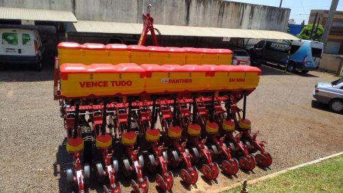 Município de Nova Aurora entrega equipamentos agrícolas à comunidade nesta quarta-feira (27)