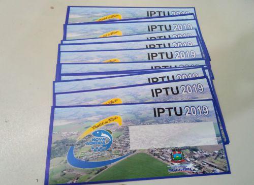 Carnês de IPTU começam a ser entregues em Nova Aurora