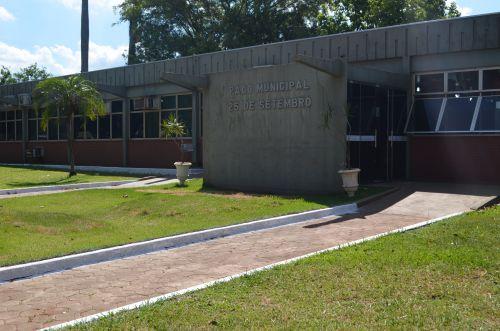 Prefeitura reabre portas para atendimento ao público nessa quinta-feira