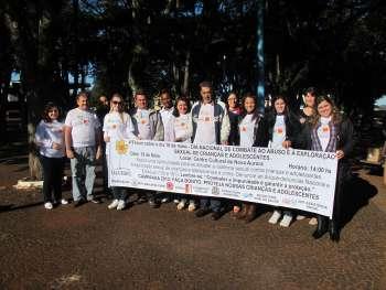 Blitz educativa marca inicio das atividades de Combate ao Abuso e à exploração sexual infantojuvenil