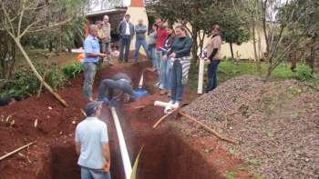 Novo sistema de fossa é implantado em propriedade rural de Nova Aurora