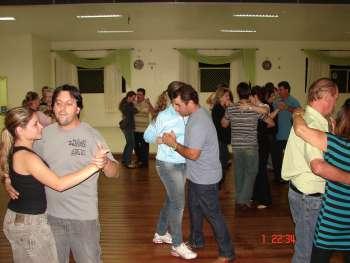 Departamento de Cultura oportuniza curso de dança de salão