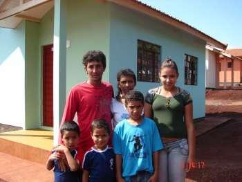 Administração de Nova Aurora contempla 38 famílias com a casa própria