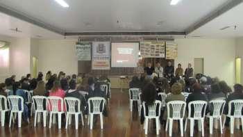 Agroindústrias e Turismo Rural são visitados por professores da rede municipal