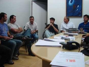 Reunião entre vereadores da base aliada, Sindicato e Executivo