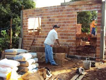 Cras e Auxílio Fraterno oportunizam acesso a moradia digna