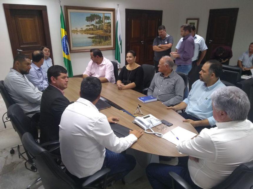 PREFEITO DE GODOY MOREIRA PARTICIPA DE DIVERSAS AUDIÊNCIAS EM CURITIBA