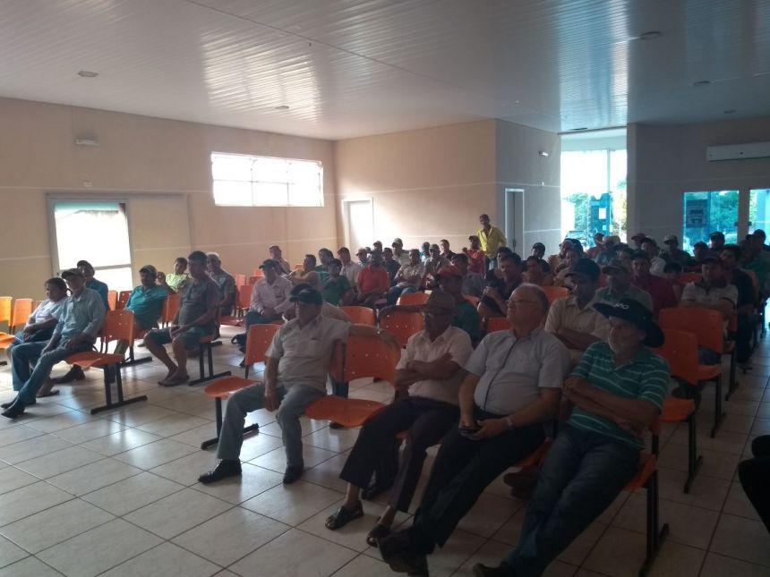 SECRETARIA DE AGRICULTURA REALIZA REUNIÃO COM PRODUTORES DE GODOY MOREIRA