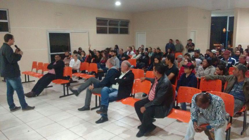 REUNIÃO É REALIZADA PARA REALIZAÇÃO DA ASSOCIAÇÃO DOS FUNCIONÁRIOS MUNICIPAIS