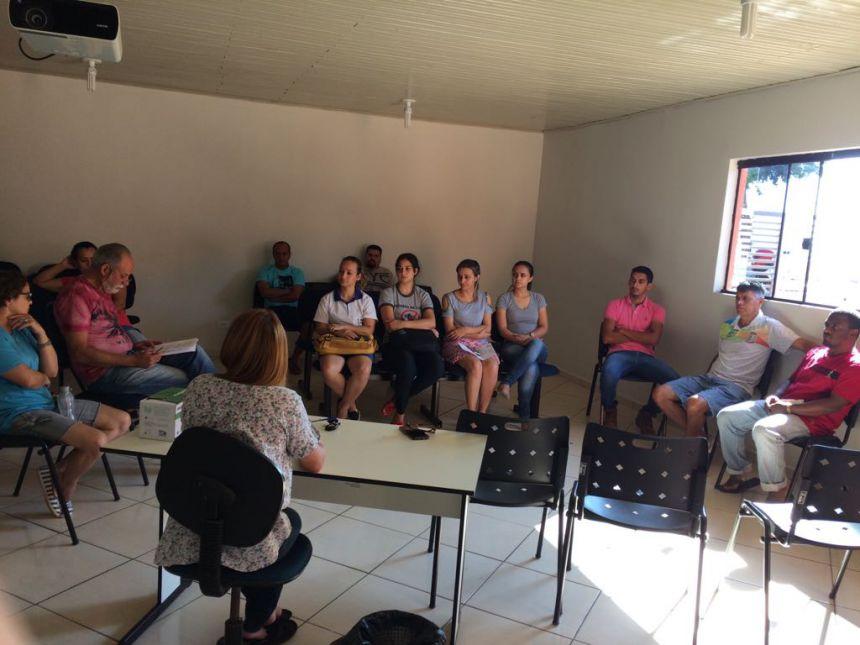 CONSELHO MUNICIPAL DE EDUCAÇÃO REALIZA REUNIÃO EM GODOY MOREIRA
