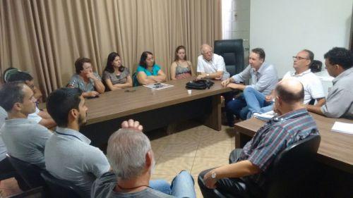 ASSESSORES DO SECRETÁRIO DE ESTADO ARTAGÃO VISITA O MUNICÍPIO