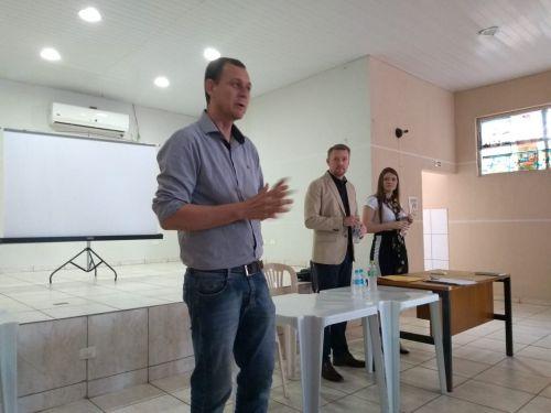 REUNIÃO COM REPRESENTANTES DO SICREDI EM GODOY MOREIRA