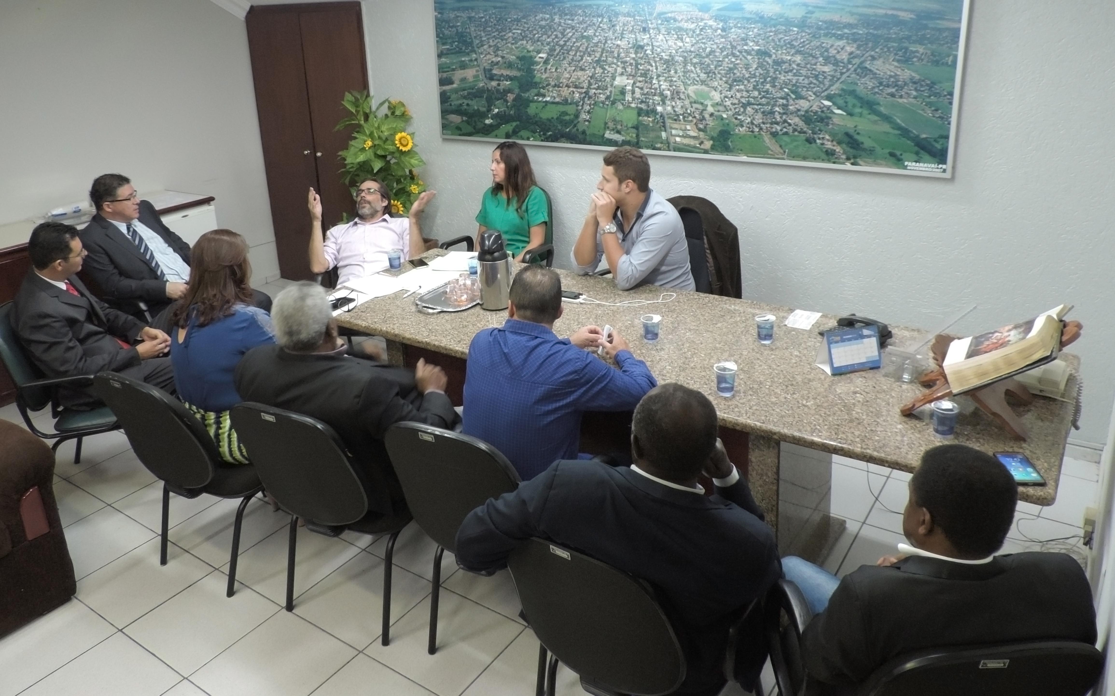 Vereadores discutem projetos em pauta