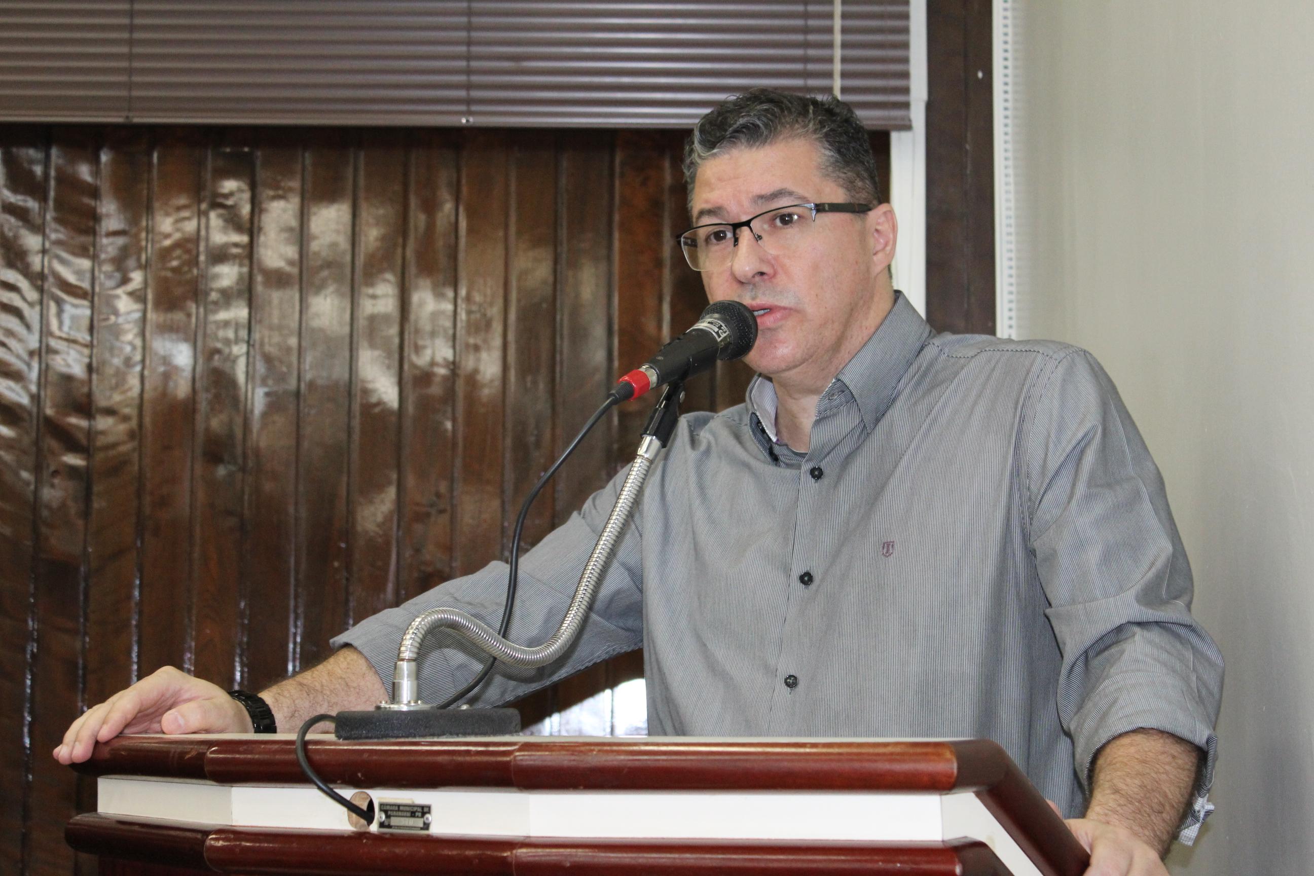 Dr. Leônidas: