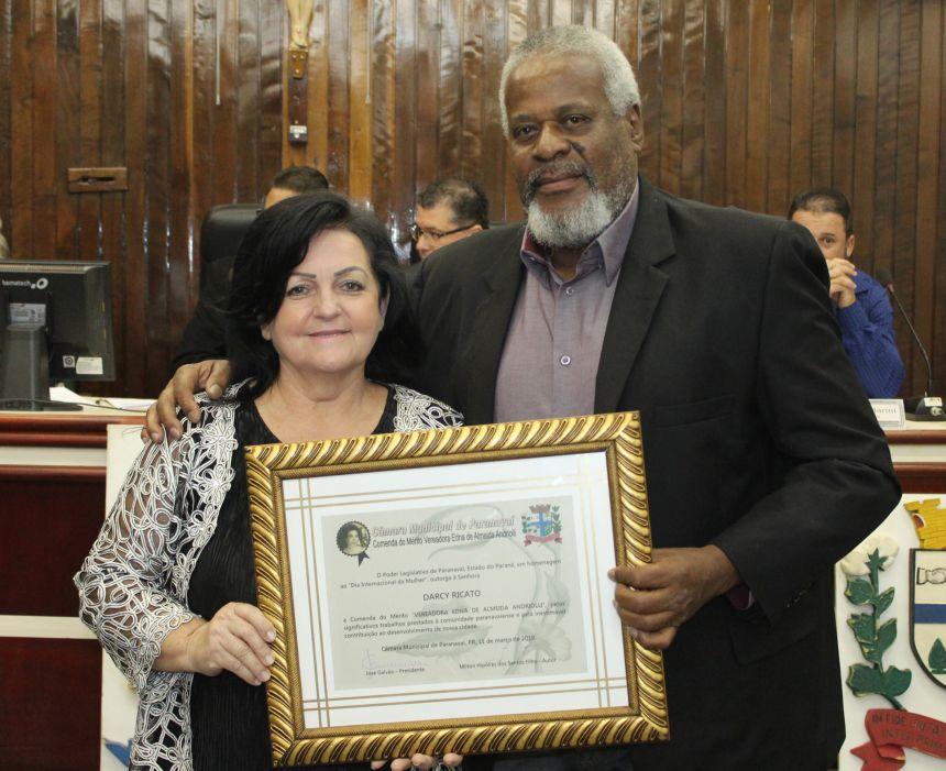 Legislativo realiza sessão em comemoração ao Dia da Mulher
