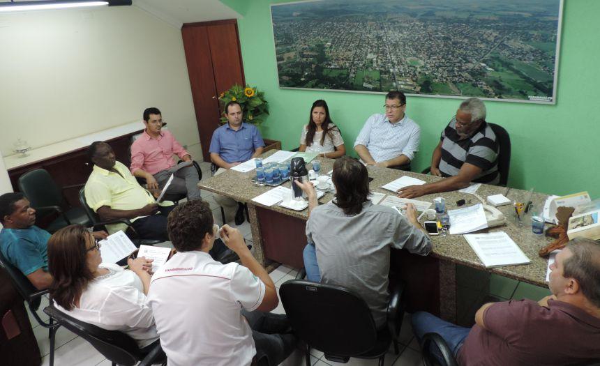 Comissões retornam a discussão de projetos