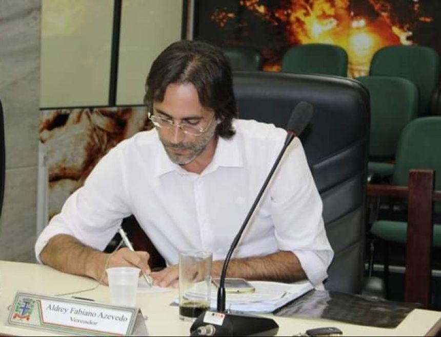 Projeto de Lei que proíbe fogos de artifícios com estampidos é aprovado e segue para sanção