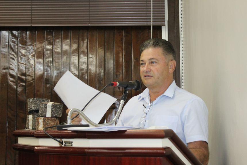 Secretário de Infraestrutura presta esclarecimentos na Câmara