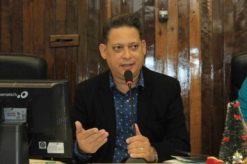 Câmara de Paranavaí economiza mais de R$ 1 milhão