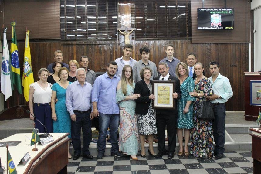 Cosme Boaretto é condecorado com maior honraria do Legislativo