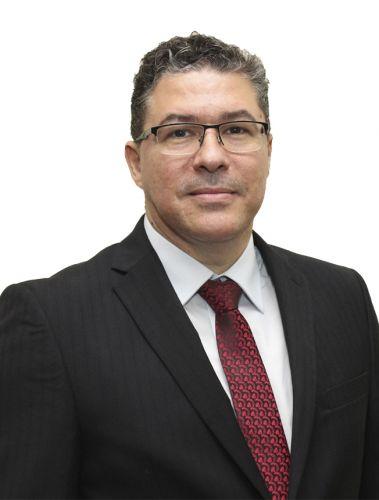 Dr. Leônidas