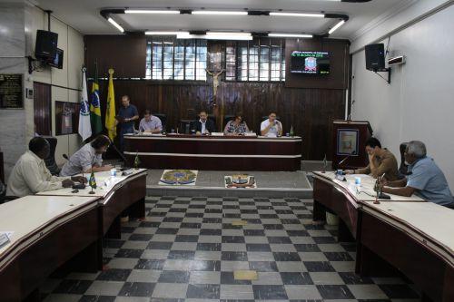 Projetos foram votados nesta quarta e quinta em sessões extraordinárias