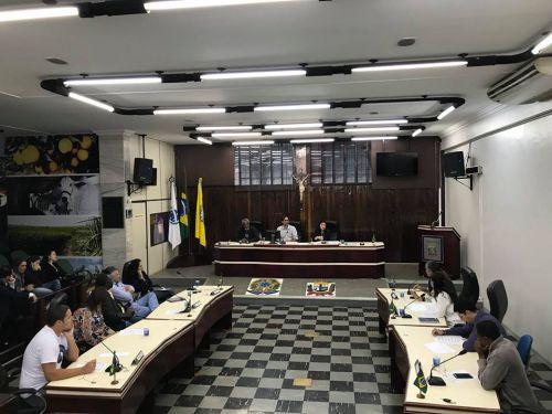Vereadores com servidores municipais e estaduais discutem o assunto