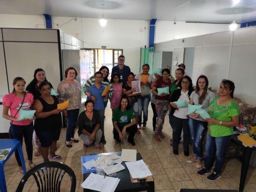 Oficina de Confecção de Travesseiros Aromáticos e Medicinais acontece em parceria com o Programa Encontros e Caminhos em Iracema do Oeste