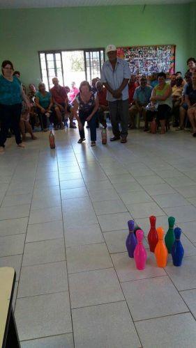 CRAS DE IRACEMA DO OESTE REALIZA GINCANA PARA O GRUPO DA TERCEIRA IDADE