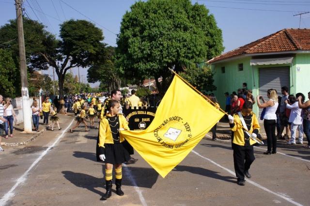 Guapirama comemora 7 de setembro com desfile cívico