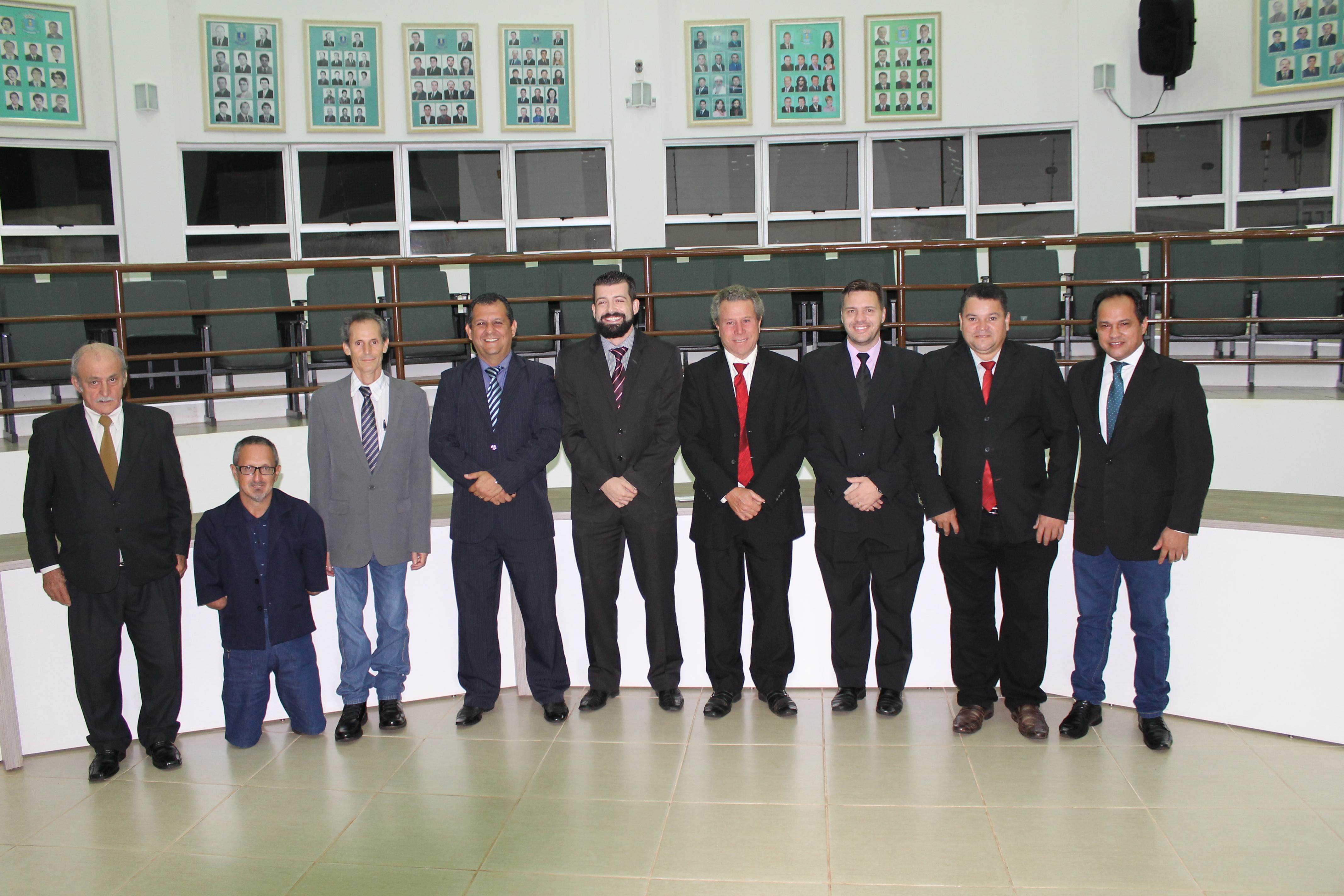 VEREADORES, BENITO MORENO, TONINHO, LELEI, NEZÃO, DIEGO SANCHES, OSVALDO MARINHO, PROFESSOR MARCELO, LUIZ DO CANADÁ E CARLOS  MARTINS