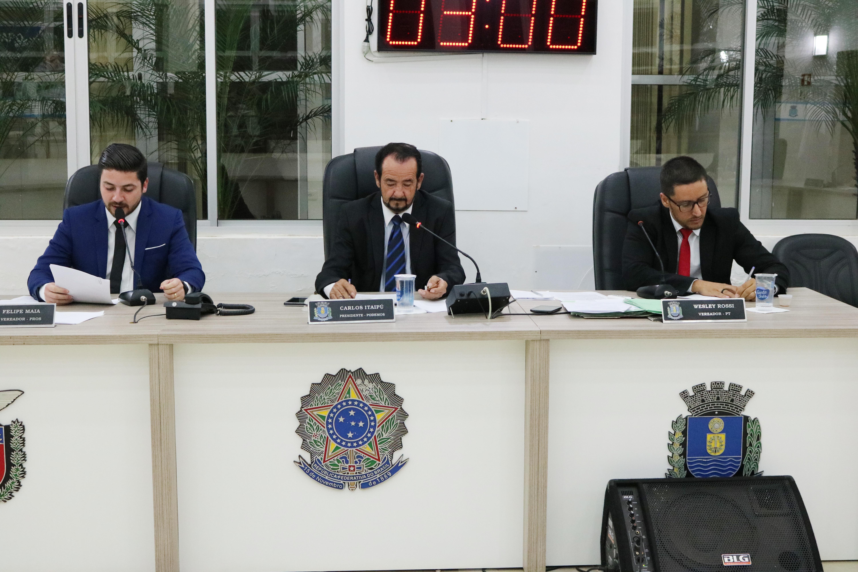 """Câmara aprova créditos adicionais ao orçamento e programa """"Empresa Amiga da Escola"""""""