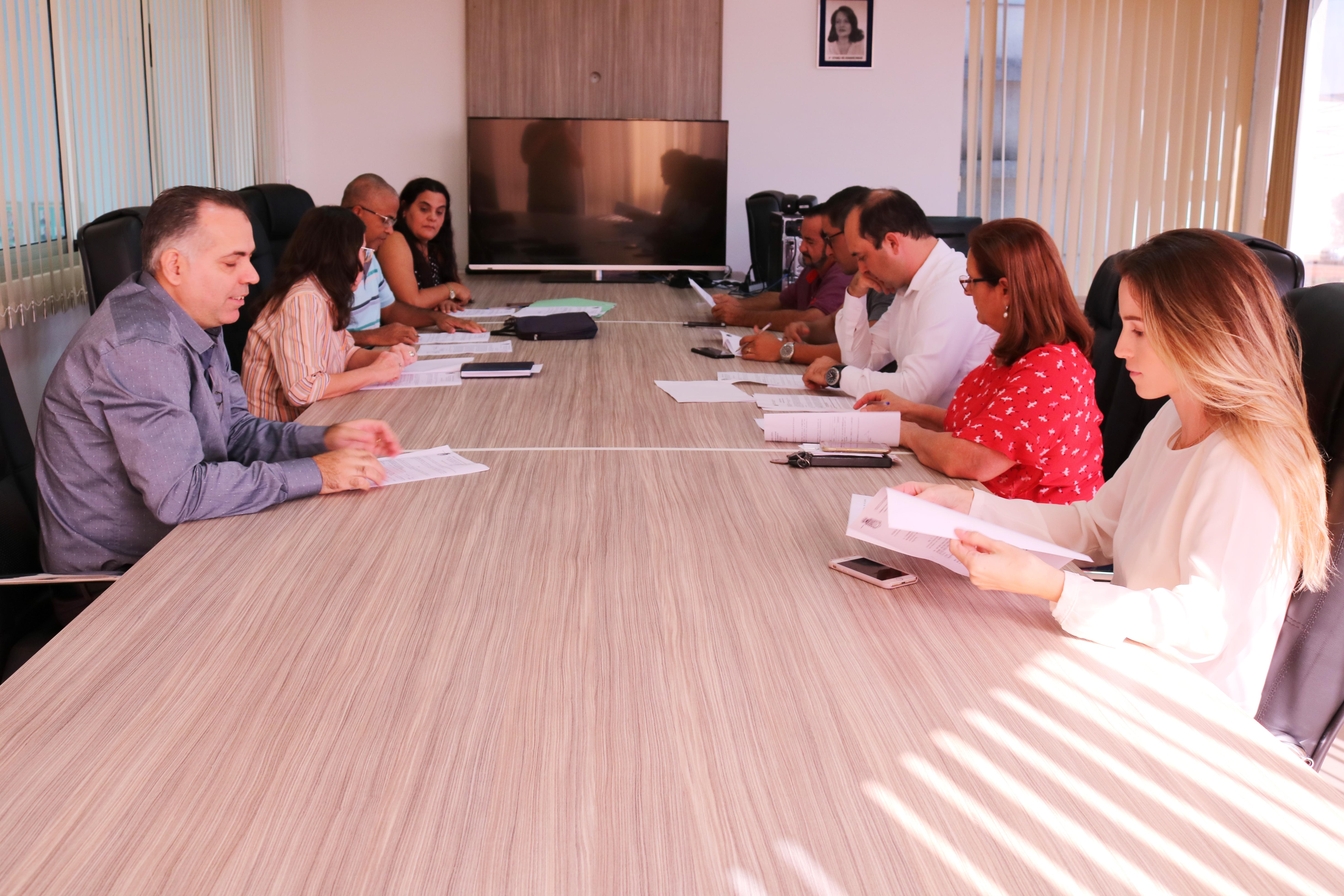 Comissão de Justiça discute crédito adicional para o programa Criança Feliz