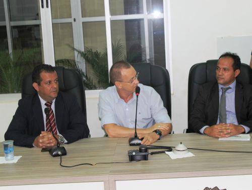 Primeiro Secretário Nezão, Prefeito Tarcisio, Presidente da Câmara Carlos Martins