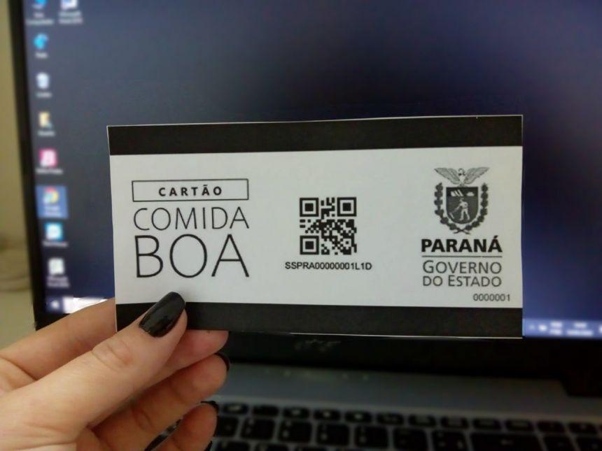Secretaria Municipal de Assistência Social começa a distribuir cartões do ′Comida Boa′, criado pelo Governo do Estado