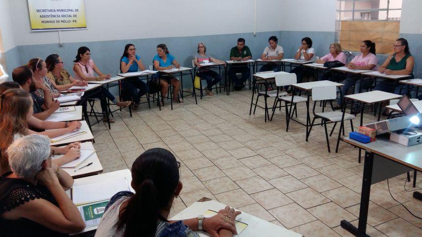 CAPACITAÇÃO PARA CONSELHEIROS MUNICIPAIS E CONSELHO TUTELAR.
