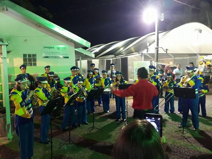 Banda Marcial Municipal de Munhoz de Mello se apresenta na 45ª Expoingá