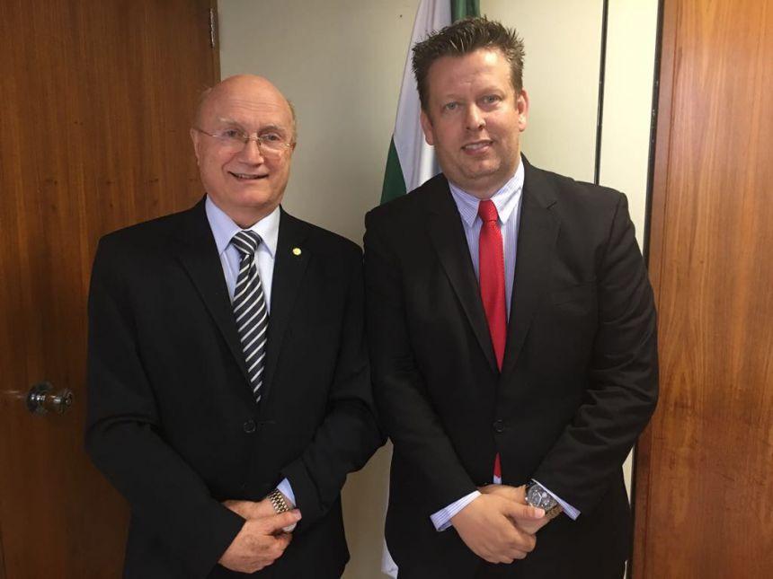 Prefeito Darlan Scalco, anuncia recursos para construção do CRAS em Pérola