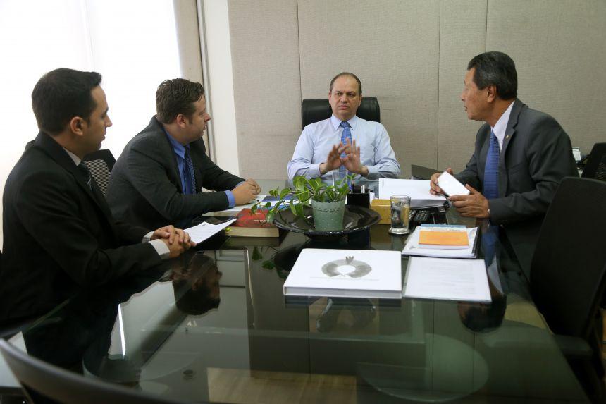 PREFEITO DARLAN SCALCO SEGUE TRABALHANDO EM PROL DE MELHORIAS PARA O NOSSO MUNICÍPIO.