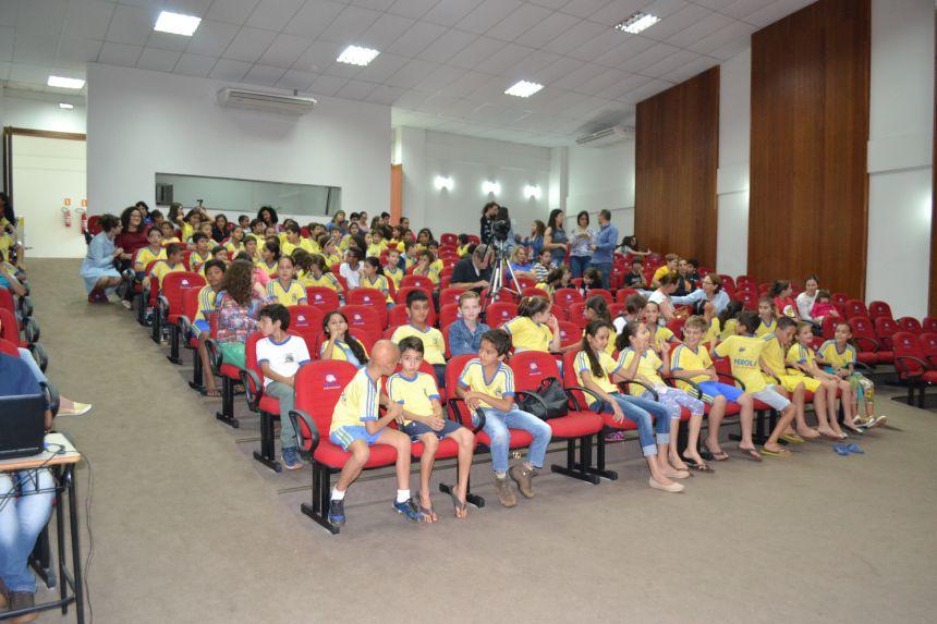 Dia Nacional de Combate a Exploração Sexual de Crianças e Adolescentes