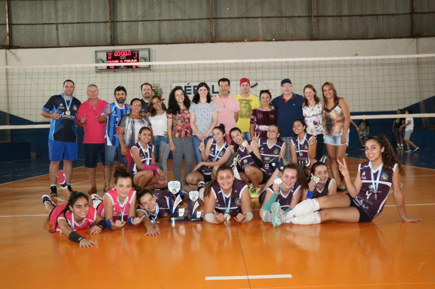 Esporte movimenta cidade de Pérola no mês de Agosto