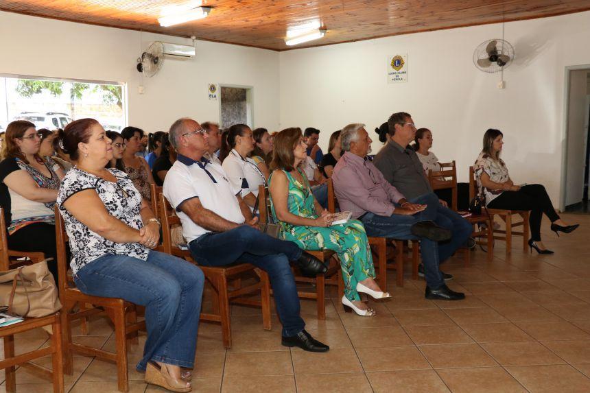 Secretários e profissionais de Saúde discutem ações para aprimorar atendimento básico à população