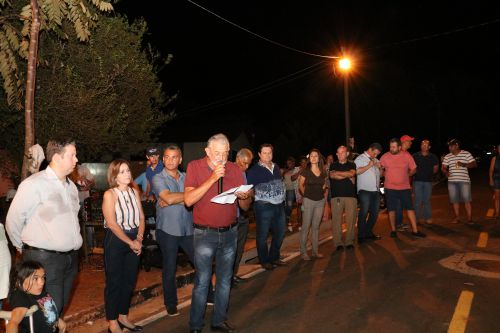 Darlan, Vilde e Vereadores inauguram asfalto em todas as ruas do Bairro Vila Rural