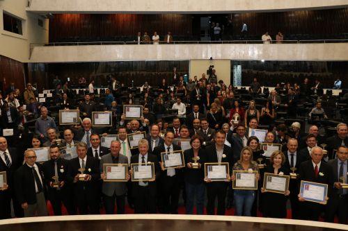 Gestão Darlan Scalco faz história e Pérola conquista pela quinta vez o Prêmio Gestor Público Paraná