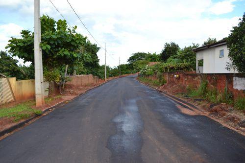 Pérola caminha para 100% de pavimentação asfáltica em toda a cidade.