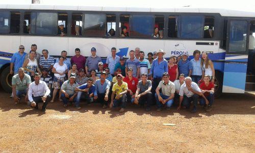 A Secretaria Municipal de Agricultura promove excursão para  COOPAVEL - 2016