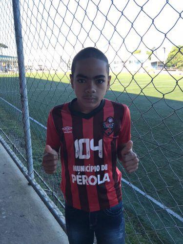 Atleta de Pérola faz treinamento no Atlético Paranaense com chances de ficar na Capital