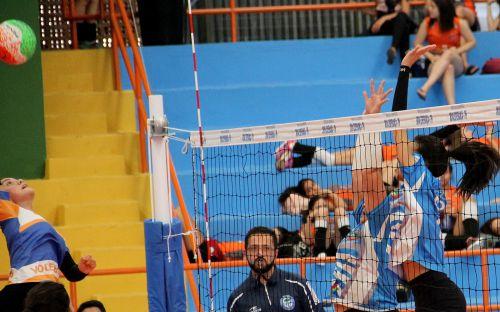 Colégio Nestor Victor é Campeão no Voleibol Feminino