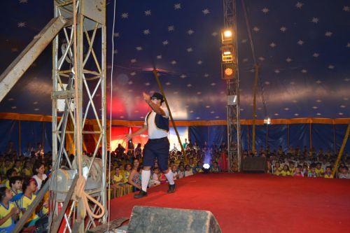 Cultura traz a alegria do circo para crianças de Pérola