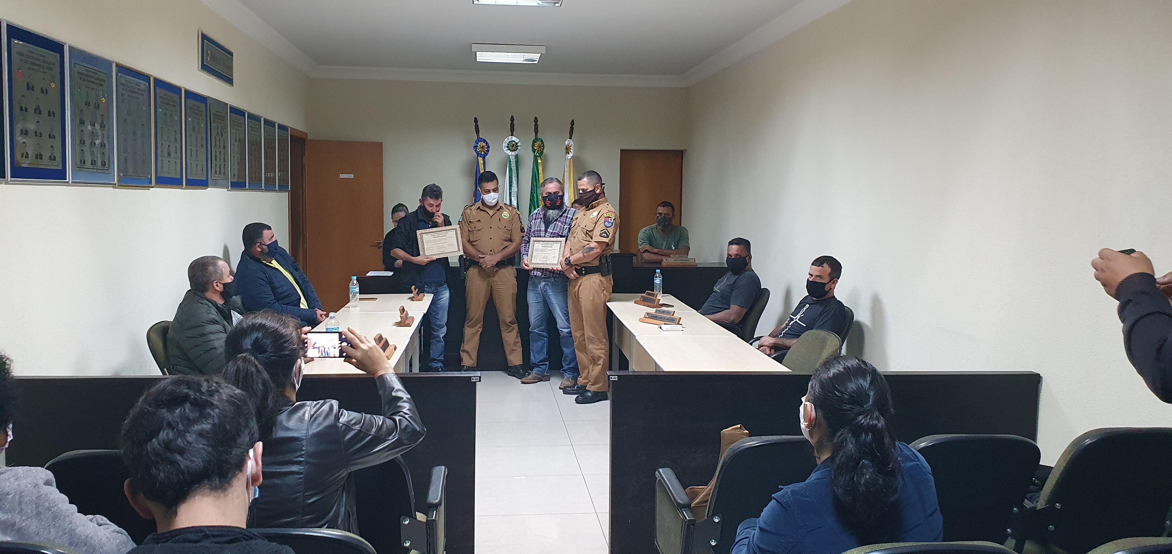 Moção de Aplausos aos Policiais Militares